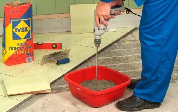 Приготовления клея для плитки