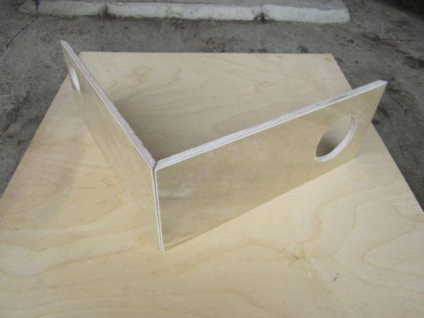 Керамическая плитка, подрезанная под углом 45 градусов