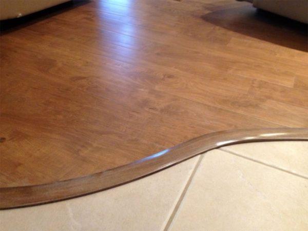 Соединение плитки и ламината по кривой линии