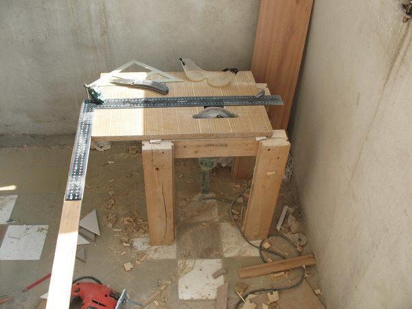 Стол для плиткореза