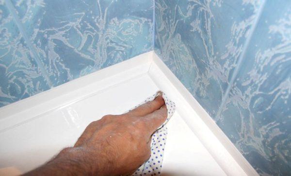 Удаление силиконового герметика