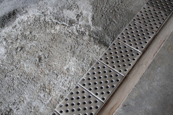 Укладка металлической плитки