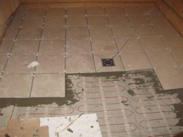Укладка напольной плитки в бане