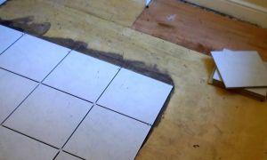 Как правильно положить плитку на деревянный пол на кухне?