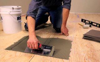Технологии укладки керамической плитки на деревянный пол в ванной комнате