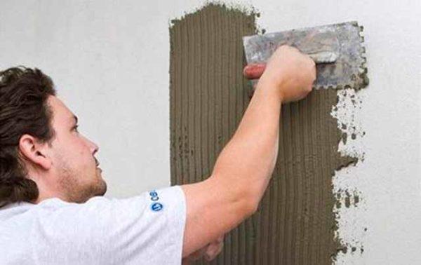 Использование плиточного клея на цементной основе