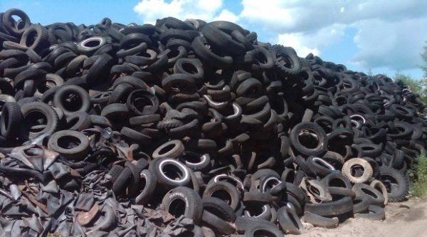 Покрышка шин - сырье для производства резиновой плитки