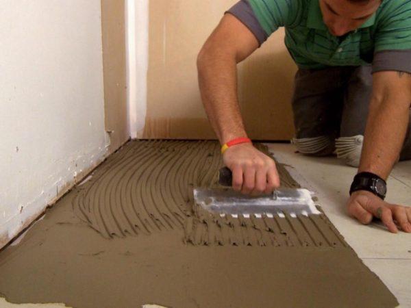Идеальный температурный параметр для укладки плитки от +18 до+24 градусов