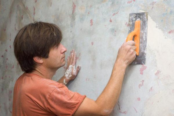 Шпаклевка стены под плитку