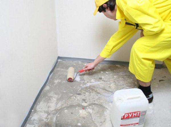 Грунтовка бетонного пола перед укладкой плитки