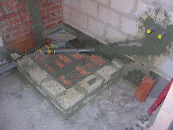фото душевая кабина из плитки с сливом в полу